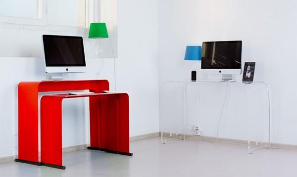 Компьютерный стол в цвете красный глянец