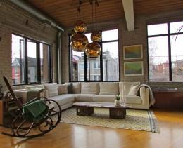 Кресло-качалка — не только предмет для отдыха, но и укрепляющая здоровье мебель