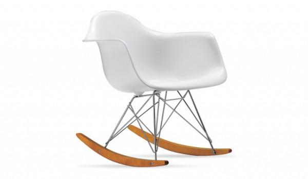 кресла-качалки из пластика