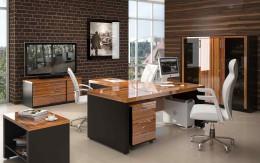 Металлические, деревянные и прочие материалы для изготовления компьютерных столов: что выбрать?