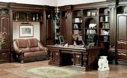 Письменный стол из массива дерева: благородство интерьера