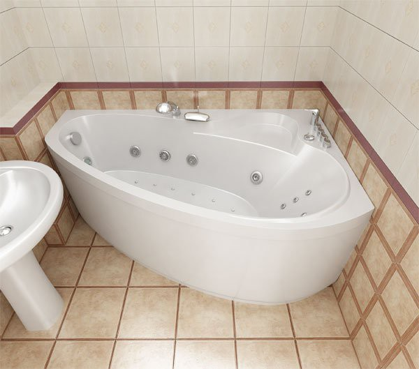 Ассиметричная ванна во всей красе