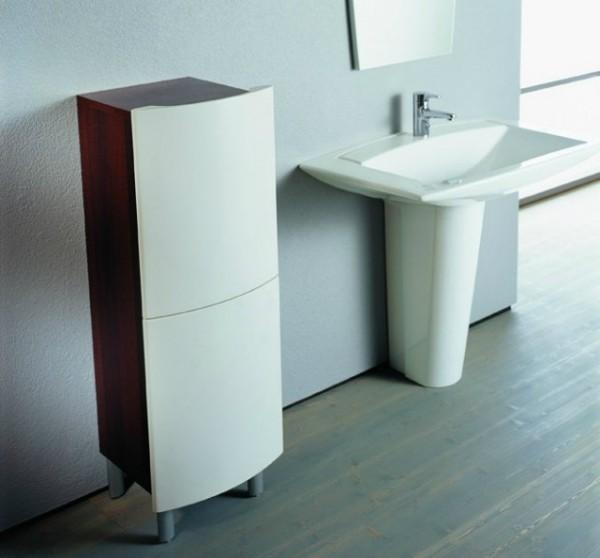 Фото напольного шкафа для ванной комнаты в белом цвете
