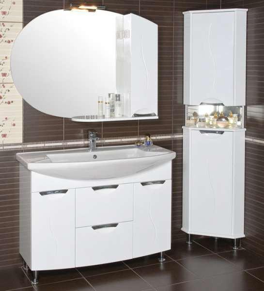 Фото углового шкафа в ванную комнату (30 см)