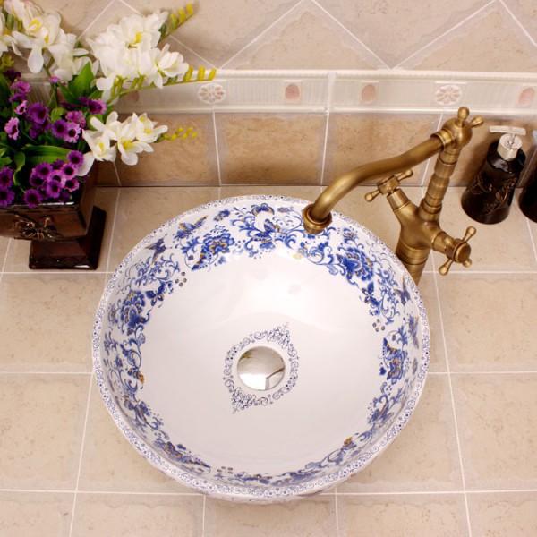 Синий и белый фарфор художественный ручной керамический