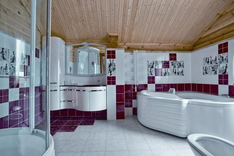 Ванна для двоих - романтический досуг или бесполезная трата денег?