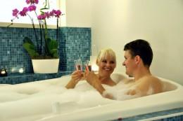 Гидромассажный коврик для ванны — успешная замена джакузи