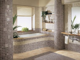 Зеркало в ванную комнату с полкой: красиво и место экономит