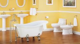 Вешалка для полотенец в ванную комнату — полезный атрибут, способный стать украшением интерьера